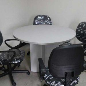 mesa-reunion-4-personas